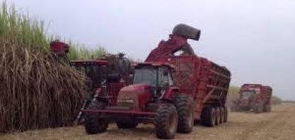 Vendas de máquinas agrícolas no Brasil saltam em fevereiro
