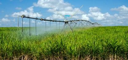 Irrigação ainda é pouco utilizada para ampliar a produtividade dos canaviais