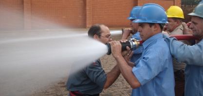 Setor eleva cuidados para combater incêndios nos canaviais
