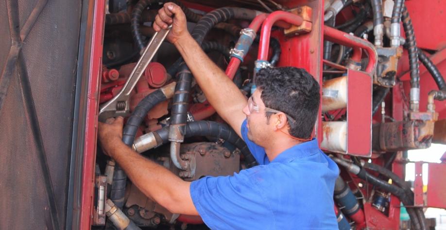 As vantagens da manutenção preventiva em colhedoras de cana