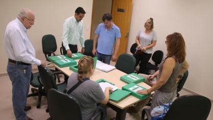 Representantes internacionais visitam, em Bariri, os primeiros canaviais certificados do mundo