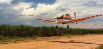Parada em refinaria da Petrobras deixa aviões agrícolas sem combustível