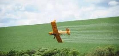 Vereadores querem proibir novamente a pulverização aérea
