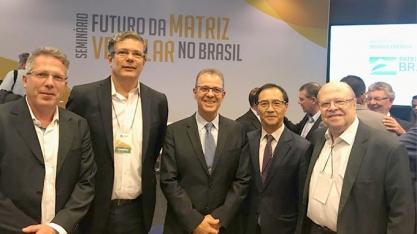 Ministro de Minas e Energia destaca etanol como alternativa para a eletrificação veicular
