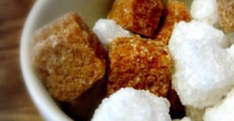 Contratos futuros do açúcar iniciam a semana em alta