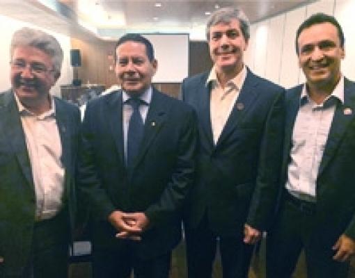Demandas do Setor Sucroenergético são entregues ao Vice-presidente da República