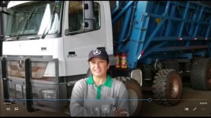 Luciane de Moraes irá operar o caminhão com direção autônoma no Encontro Cana Substantivo Feminino