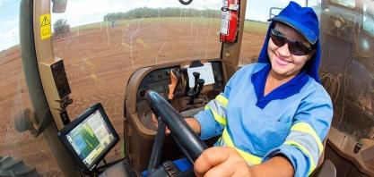 Agroindústria canavieira tem ótimas oportunidades de trabalho para as mulheres