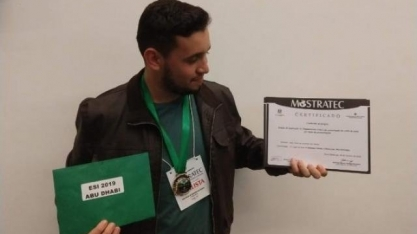 Estudante de Coxim desenvolve método que conserva caldo de cana por 21 dias