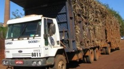 Araçatuba/SP: Polícia rodoviária faz palestra para setores ligados a caminhões canavieiros