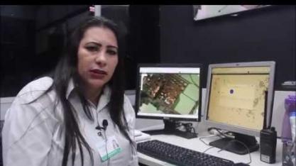 Magali é responsável pelo monitoramento em tempo real das colhedoras em operação na lavoura