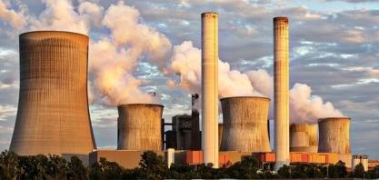 Uso de energia renovável cresce, mas não impede recorde histórico de emissão de CO2