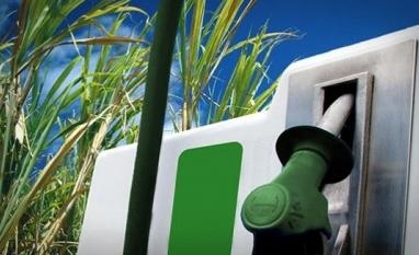 Usinas nordestinas desafiam política de distribuição do etanol hidratado