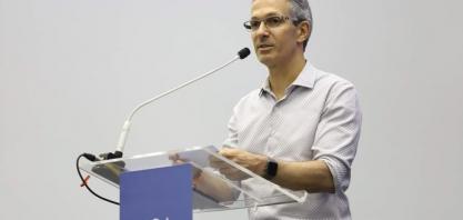 Zema anuncia isenção de IPVA para veículos movidos a GNV em Minas Gerais