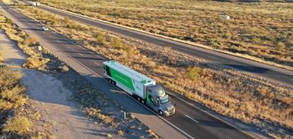 Caminhões autônomos iniciam testes de entregas para os correios nos EUA