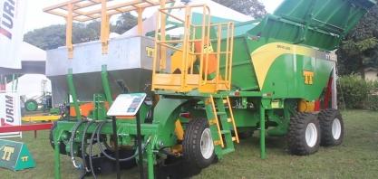 Plantadora de cana automatizada TT8022 chega à Agrishow 2019 com mais tecnologia e funcionalidades