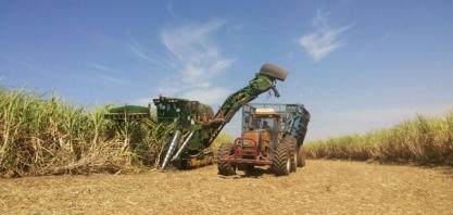 Venda de máquinas agrícolas e implementos cai em maio, diz Anfavea