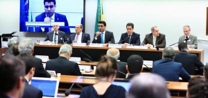 [Debate Câmara Federal] Venda direta de etanol pelo produtor para postos de combustível divide opiniões em comissão