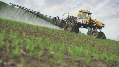 Ministério Público ajuíza ação para proibir agricultores de usarem glifosato em Mato Grosso