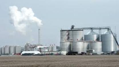 Trump diz que acordo de etanol será de cerca de 60,57 bilhões de litros