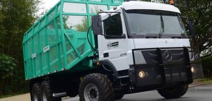 Mercedes-Benz realiza test-drive com caminhão de direção autônoma na Fenatran