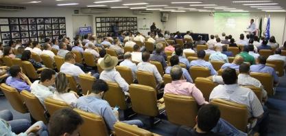 Fazu reúne empresários, profissionais e pesquisadores ligados ao setor sucroenergético