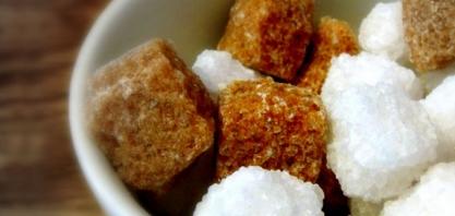 Açúcar: contratos futuros registram pequena variação em NY e Londres