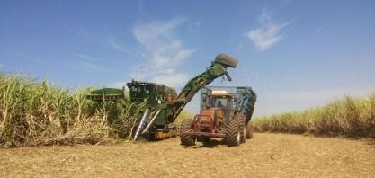 Venda de máquinas agrícolas e rodoviárias cai 8,4% em 2019, diz Anfavea