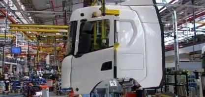 Novas tecnologias: caminhões elétricos e a gás