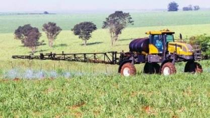 Técnicos agrícolas continuarão responsáveis pela emissão de Receituário agrícola