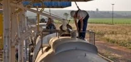 A logística dos combustíveis no Brasil