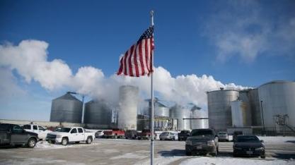 Produção de etanol dos EUA cai 16,4% na semana, para 1,005 milhão de barris/dia