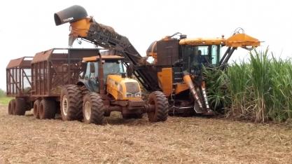 Vendas de máquinas agrícolas no Brasil saltam 10% em março, diz Anfavea