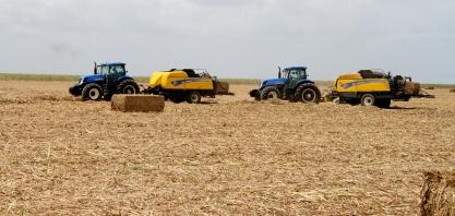 Recolhimento da biomassa da cana-de-açúcar