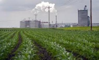 Estoque de etanol dos EUA atinge maior nível desde junho