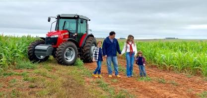 Massey Ferguson percorre o país e apresenta histórias de agricultores