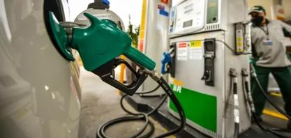 Preço da gasolina começa segunda metade do ano próximo de R$ 6,00