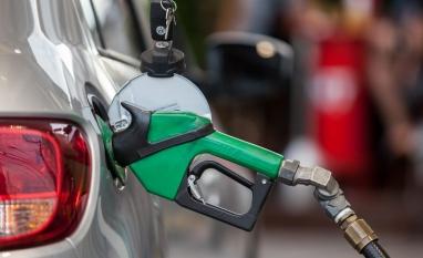 Preço médio da gasolina sobe pela 8ª semana seguida nos postos, mostra ANP